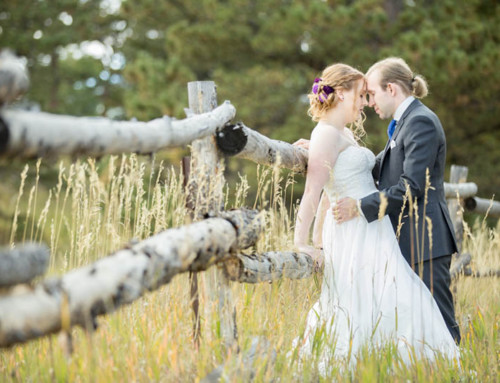Estes-Park-Mountain-wedding-field-fence-7