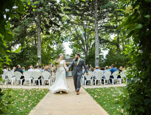 Fort-Collins-wedding-venue-tapestry-house-exit-7
